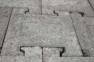水泥连锁块